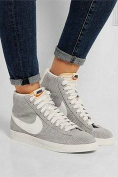 1dab8f71c637 89 Best sneakers images in 2019