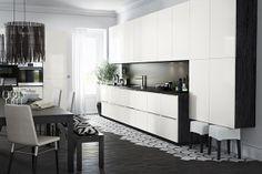 Uma cozinha simples e moderna.