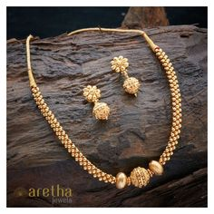 Gold necklace designs - 20 Latest Necklace Inspirations From Kushals Fashion Jewellery – Gold necklace designs Gold Jewelry Simple, Gold Jewellery Design, Silver Jewellery, Silver Ring, India Jewelry, Ring Verlobung, Necklace Designs, Wedding Jewelry, Beaded Jewelry