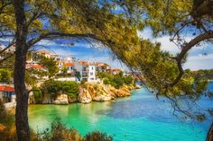 Welcome to Skiathos, a pine-tree paradise in the middle of the Aegean! - Explore Greece