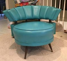I think that this bright azure-blue mid century chair is perfect for a cozy corner or center stage in a living room or den. Mid Century Chair, Mid Century House, Mid Century Style, Mid Century Design, Mod Furniture, Vintage Furniture, Small Furniture, Dream Furniture, House Furniture