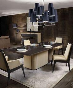 Нравится обеденный стол тем, что прямоугольный с закруглёнными углами, но нога стола слишком массивная