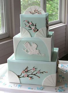Blue and White Japanese Inspired Wedding I've been looking for a Japanese inspired cake and I love this one