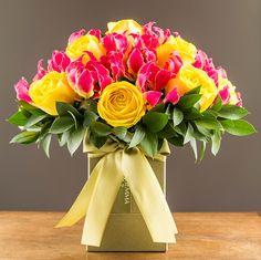 Arranjo de gloriosas com rosas colombianas amarelas