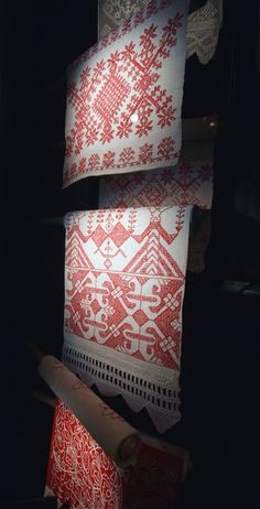 Traditional Carelian embroidery
