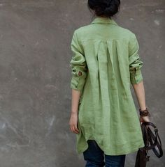 Loose Fitting Linen Long Shirt Blouse for Women  - Light Green -Long Sleeved Women Spring Dress