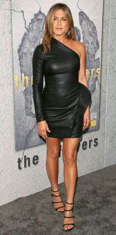 "Jennifer Aniston stunned in a leather LBD at the season 3 premiere of HBO's ""The Leftovers."""