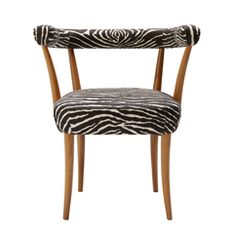 Josef Frank designed Armchair 966 in conjunction with New York World's Fair in 1939 where Svenskt Tenn's studio became a great success.