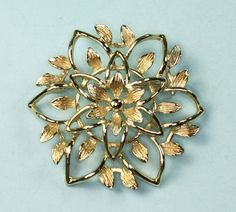 Sarah Coventry Gold Tone PetaLure Flower Brooch by PastSplendors, $14.00