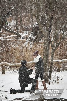 An innocent winter stroll during the holidays is a great way to surprise your soon to be fiancee. They will NOT see it coming! Paparazzi Proposals can be there to capture it all go down!