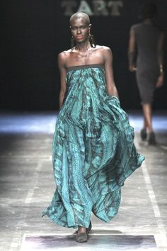 This would be so comfy. Tart - African Fashion Week 2012-gorgeous!