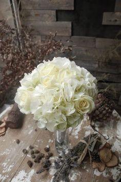 TUNDRA - Manuela. Bouquets. ramo de novia. wedding. Hydrangea. Hortensia. rosa. roses.