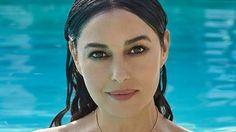 La italiana Monica Bellucci se desnudó a los 51 años