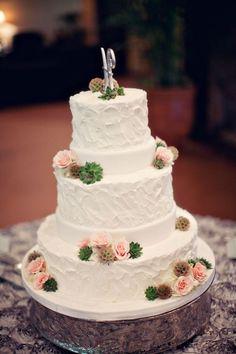 Romantic… Delicious. #RealWedding #RomanticWedding #TraditionalWedding #SpringWedding #MensWearhouse #MWTuxedo
