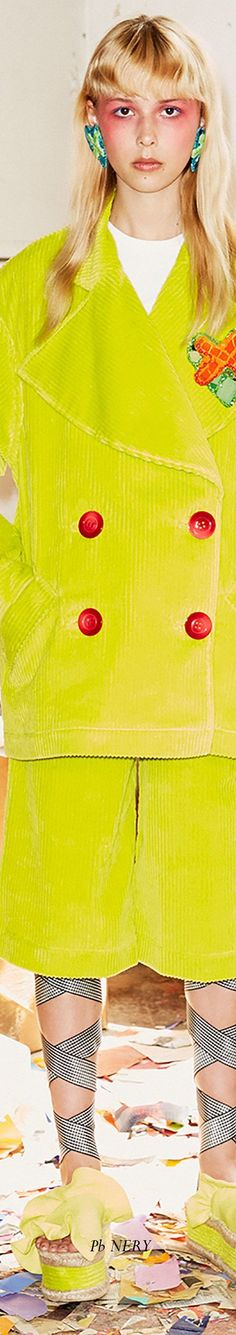 Hause of Holland Resort 2018 Button Button, House Of Holland, Tiffany, Spring, Green, Fashion, Moda, Fashion Styles, Fashion Illustrations