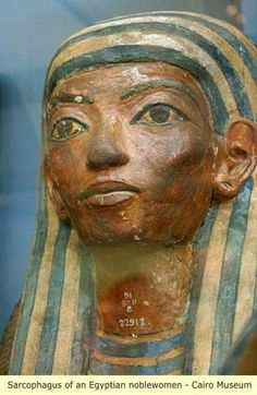 Ancient Egypt: Sarcophagus of an Egyptian noble woman Ancient Egyptian Art, Ancient History, Art History, African Origins, African History, Papyrus, Kemet Egypt, Art Ancien, Egypt Art