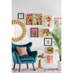 39 Casual Living Room Wall Decor Ideas That Looks Cool Eclectic Living Room, My Living Room, Living Room Designs, Living Room Furniture, Living Room Decor, Decor Room, Brad Pitt, Velvet Wingback Chair, Upholstered Chairs
