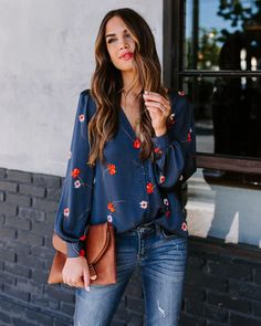 TOPS – VICI Blouse Outfit, Button Downs, Buttons, My Style, Wisdom, Style Ideas, Clothes, Outfits, Floral