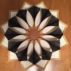 https://www.etsy.com/listing/449852610/foldn-stitch-wreath-pattern-by-poorhouse?ref=shop_home_active_2