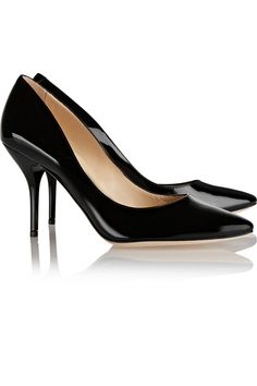Jimmy Choo - Mei Patent-leather Pumps - at Checkout for an extra off Jennifer Fisher, Jimmy Choo, Larsson And Jennings Watch, Pantalon Slim, Simple Shirts, Patent Leather Pumps, Carven, Vogue Fashion, Toe Shape