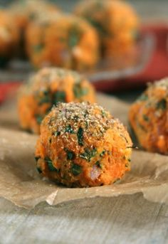 I am loving these Sweet Potato and Kale Balls. Will be making them soon! #vegan #veggie