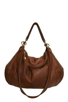 Really good bargin on a great looking purse.