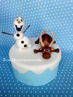Gumpaste Olaf and Sven topper!