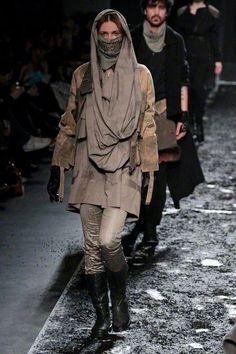 What to wear on Tatooine or Jakku.
