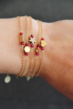 Bracelet géométrique en laiton (forme au choix) et perles de Grenat semi précieuses naturelles - fête des mères - bijou fin, : Bracelet par myo-jewel