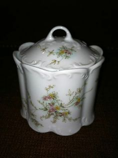 "Vintage Rosenthal Classic Rose ""Catherine"" Covered Sugar Bowl 2 5/8"""