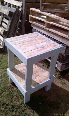 Recycling Pallet Wood - Tall Table No 2