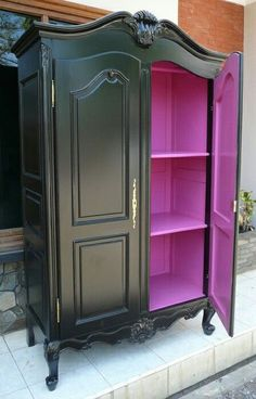 Black outside and Purple inside Modern wardrobe [More info] Furnitur.id/index.p… – Françoise M. Black outside and Purple inside Modern wardrobe [More info] Furnitur.id/index.p… – Françoise M. Avarella my home is my castle […] ideas for furniture Wood Bedroom Furniture, Funky Furniture, Refurbished Furniture, Paint Furniture, Repurposed Furniture, Furniture Projects, Furniture Makeover, Vintage Furniture, Cheap Furniture