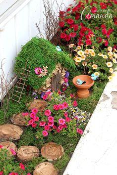 Super DIY Fee Garten Ideen und Anleitungen Super DIY fairy garden ideas and instructions Kids Fairy Garden, Fairy Garden Houses, Gnome Garden, Garden Art, Garden Types, Fairies Garden, Plants For Fairy Garden, Diy Garden Box, Garden Ideas Kids