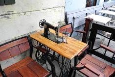 Reisebericht: Vier Tage in Krakau - Reisetipp von christine unterwegs Restaurant, Sewing Table, Antiques, Furniture, Home Decor, Krakow, Poland, Travel Report, Travel Advice