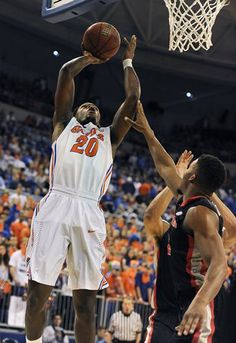 Florida guard Michael Frazier drives for a layup during the first half on his way to a career-high 21 points.   No. 7 Florida beats Georgia 72-50 for record 25th straight home win