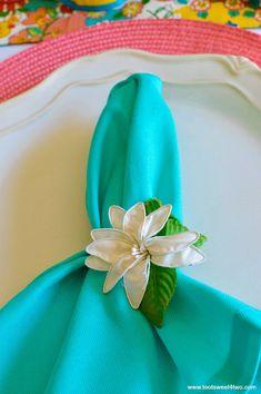 Aqua napkin and peac