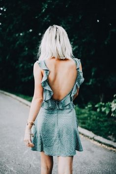 des volants plein l´vent ♧ robe été summer dress col dos V back