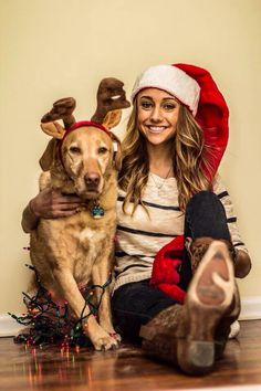 Christmas card idea with your dog (omg me and maggie are so doing this)