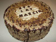 przepis na tort orzechowy z masą kawową