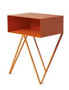 Orange steel 'Robot' side table #sidetabledesign colorful design #redsidetables modern living room #livingroomdesign decorating ideas. Find more inspirations at www.coffeeandsidetables.com