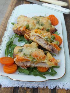 Salmon Burgers, Meat, Ethnic Recipes, Food, Essen, Meals, Yemek, Eten