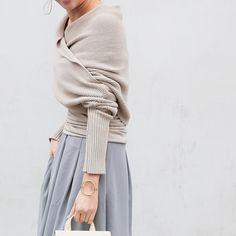 Great style for autumn / light blue and greige