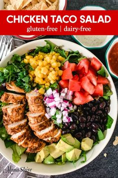 Make this Healthy Taco Salad Recipe with Chicken for your family and friends. It's easy, delicious,and so colorful! Made Gluten-free and Dairy-free. Delicious and colorful combinations come together to make this yummy taco salad. Easy Taco Salad Recipe, Taco Salad Recipes, Taco Salads, Salad Recipes For Dinner, Healthy Salad Recipes, Paleo Taco Salad, Dairy Free Salads, Clean Eating, Healthy Tacos