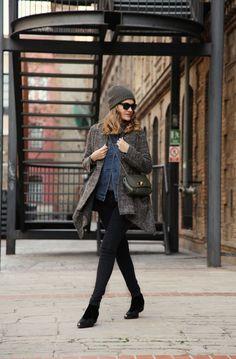 . Abrigo / Coat: Zara (old)  . Botas / Boots: Topshop (old) . Gorro / Beanie: Zara Man (old)  . Bolso / Bag: Mulberry