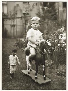 August Sander 'Middle-class Child', c.1925, printed 1990 © Die Photographische Sammlung/SK Stiftung Kultur - August Sander Archiv, Cologne; DACS, London, 2016.