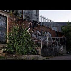 Conhuir Lynn - Kickflip shifty photo Stu Robinson