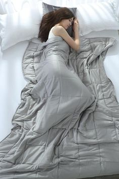 The Weighted blanket improves your sleep quality by stimulating every relevant pressure point on your body and help it relax in full comfort. What is a Weighted Blanket? And How Do They Work? The Weighted blanket offers proprioceptive or deep touch pressure (DTP), also called Deep Pressure Therapy (DPT), to the body.  #weightedblanket #weightedblankets #anxiety #insomnia #sleep #selfcare #autism #bettersleep #napper #sleepbetter #sensory #weightedcomforter #ptsdawareness #adhd #gravity