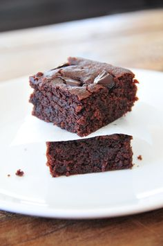 Saftige Brownies glutenfrei, vegan (milchfrei, eifrei) und fructosearm