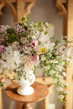 Dessert table arrangement beauty