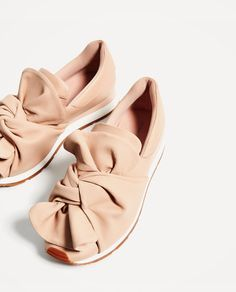 Image 1 of SNEAKERS WITH BOW DETAIL from Zara. OMG - Dying...YASSS please!